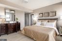 Master suite - 8302 WOODMONT #803, BETHESDA