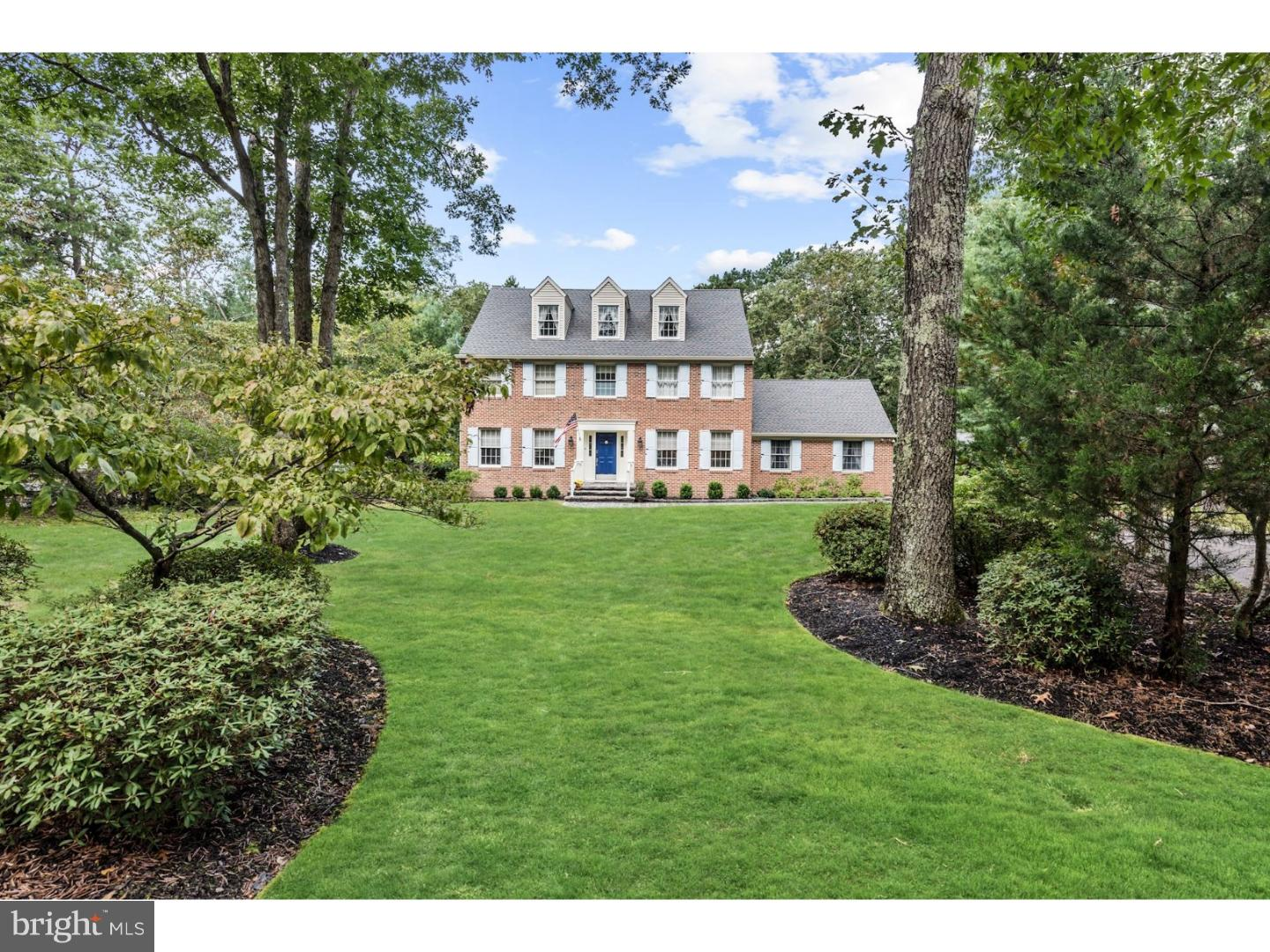 Single Family Home for Sale at 11 LEXINGTON Court Shamong, New Jersey 08088 United States