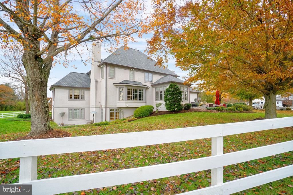 French style custom built house on 9.49 acres - 6501 CLIFTON RD, CLIFTON
