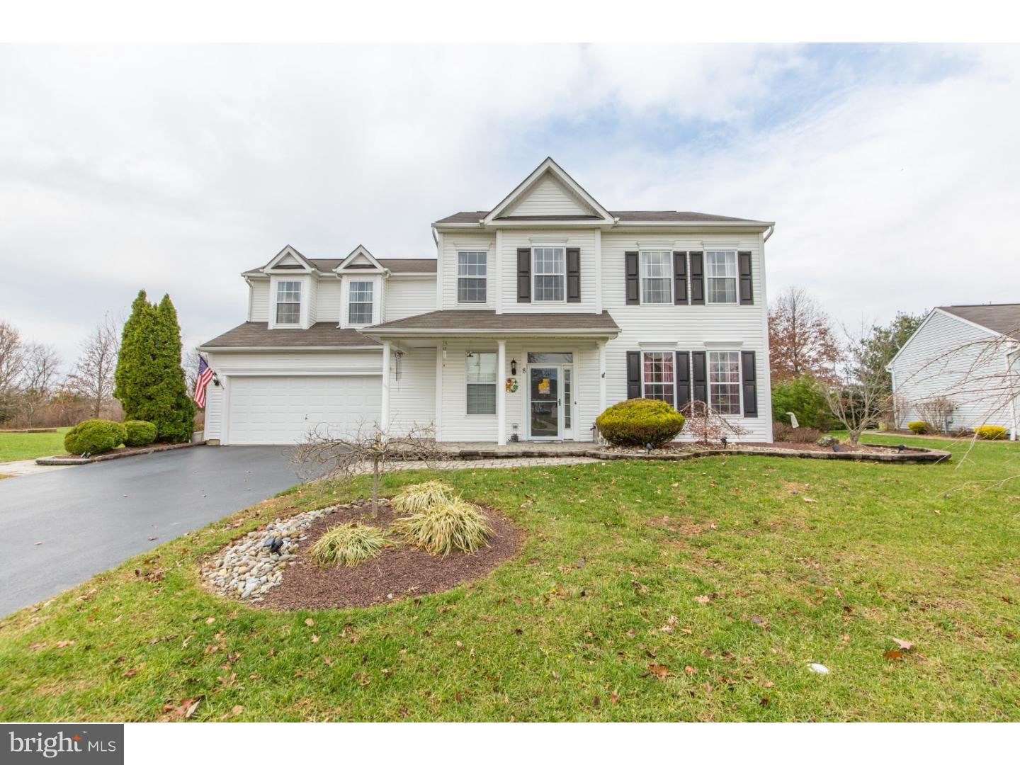 Single Family Home for Sale at 8 STRATHMORE WAY East Windsor Township, New Jersey 08520 United StatesMunicipality: East Windsor Township