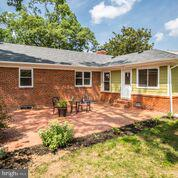 brick paved patio for entertaining - 1100 BEVERLEY DR, ALEXANDRIA