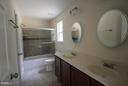 semi-framed shower glass doors - 11615 RIVER MEADOWS WAY, FREDERICKSBURG