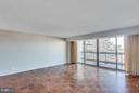 Living Room - 3800 FAIRFAX DR #1009, ARLINGTON