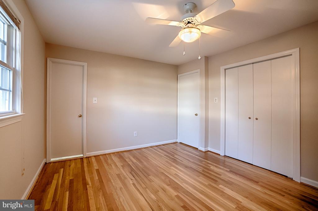 Master Bedroom - 6702 COACHMAN DR, SPRINGFIELD