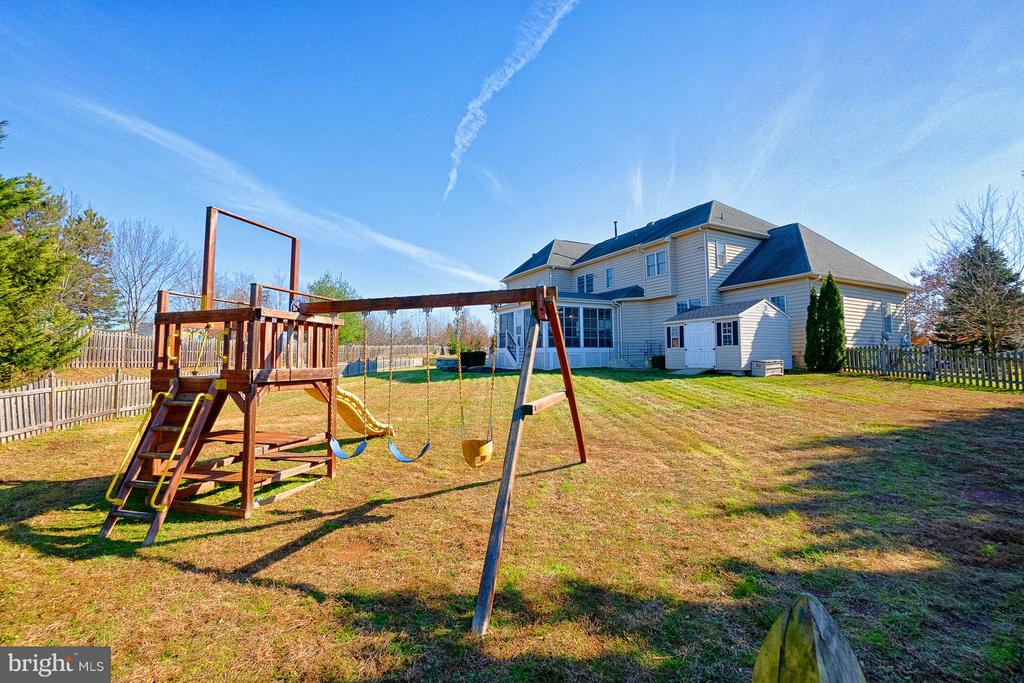 Playset conveys - 43256 HARPER MANOR CT, ASHBURN