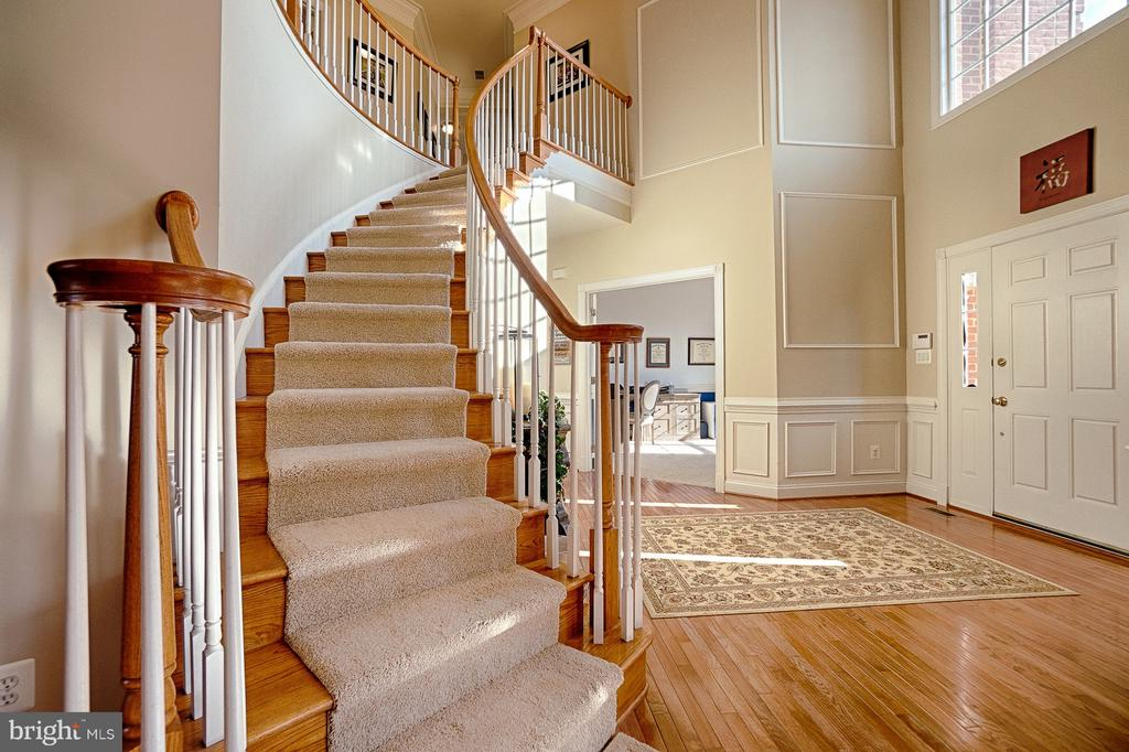 - 43256 HARPER MANOR CT, ASHBURN