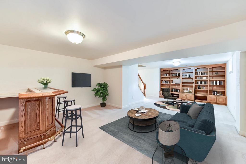Rec Room in downstairs - 8608 WOODLAND HEIGHTS CT, ALEXANDRIA