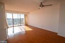 Hardwood floors thoughout! - 1200 BRADDOCK PL #705, ALEXANDRIA