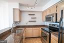 Beautiful gourmet kitchen! - 1200 BRADDOCK PL #705, ALEXANDRIA