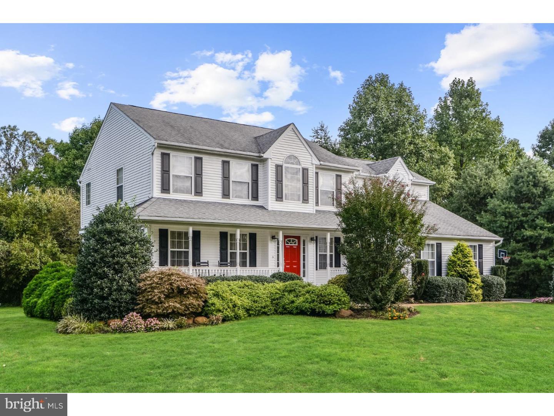 Частный односемейный дом для того Продажа на 105 HENDRICKSON Court Swedesboro, Нью-Джерси 08085 Соединенные ШтатыВ/Около: Woolwich