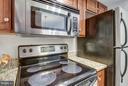 W/ a built-in microwave! - 1001 N RANDOLPH ST #223, ARLINGTON