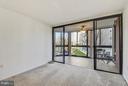 RARE enclosed sun porch - 1001 N RANDOLPH ST #223, ARLINGTON