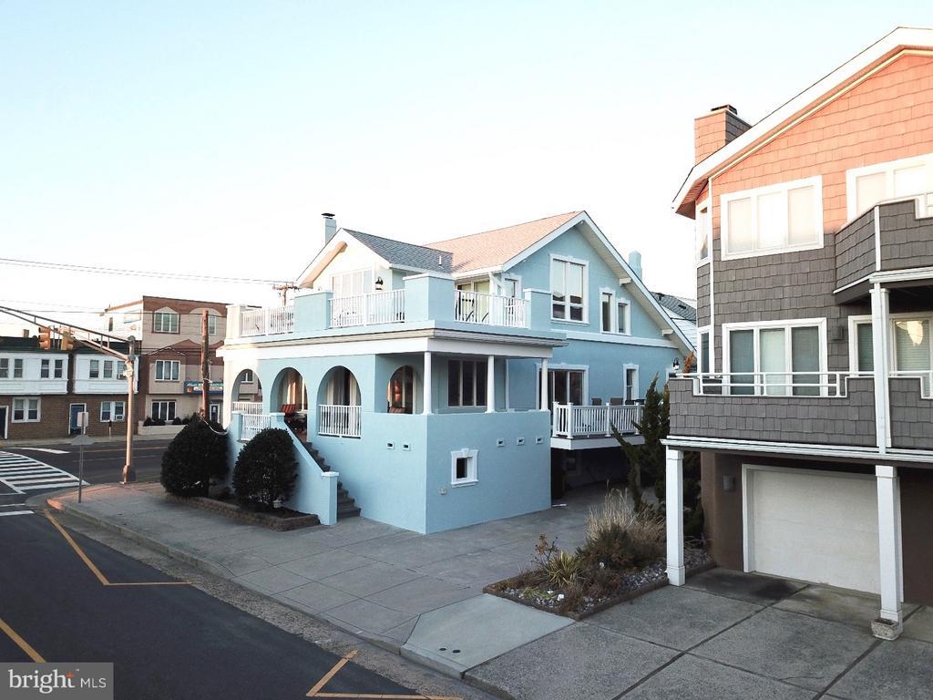 101 S BUFFALO AVENUE, VENTNOR CITY in ATLANTIC County, NJ 08406 Home for Sale