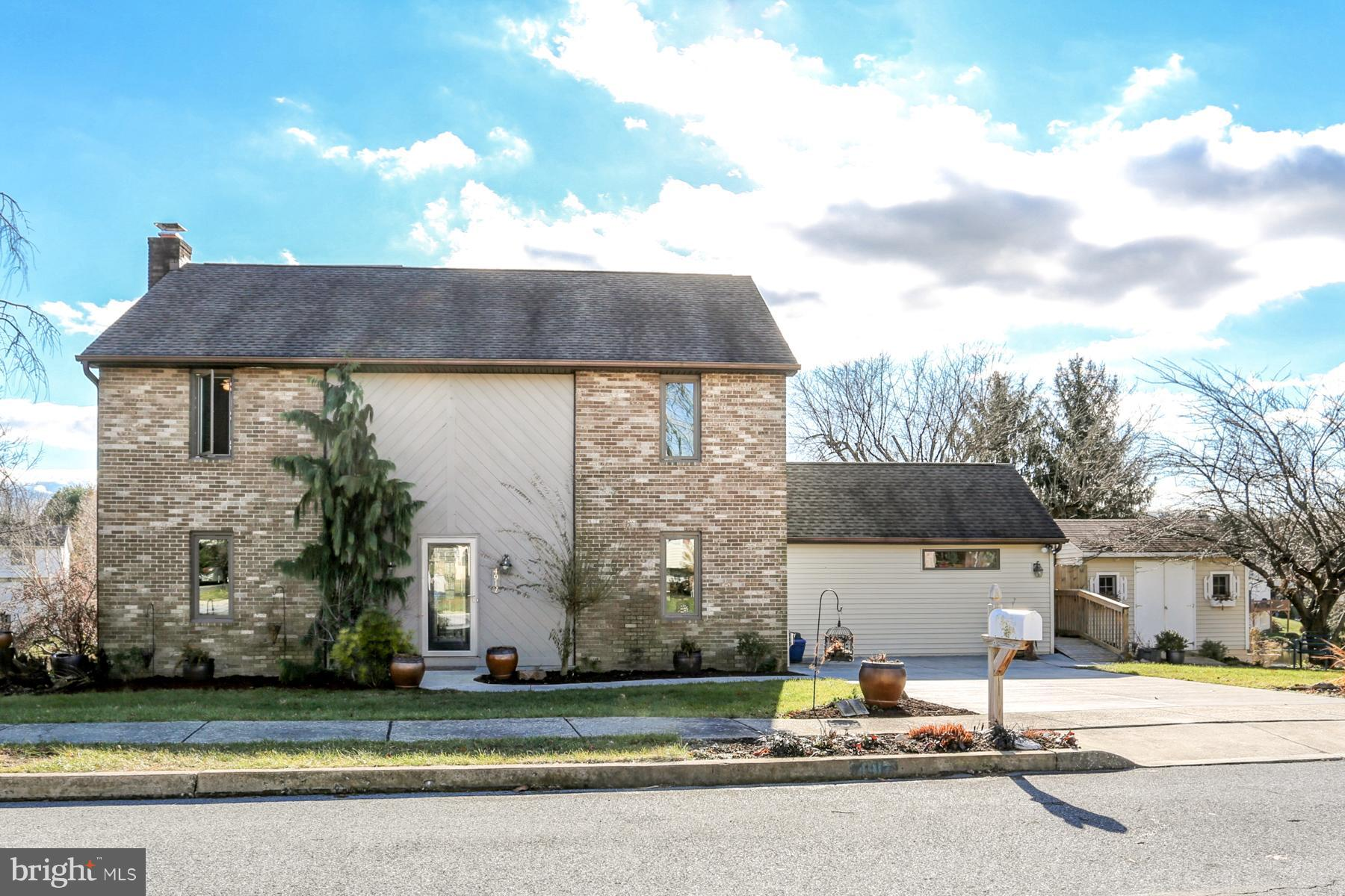 Home For Sale At 4917 Killington Drive In Harrisburg Pa For