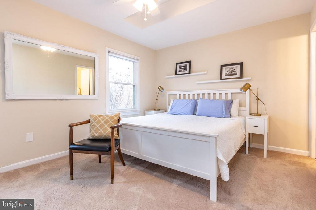 Master Bedroom - 1130 N STAFFORD ST #B, ARLINGTON