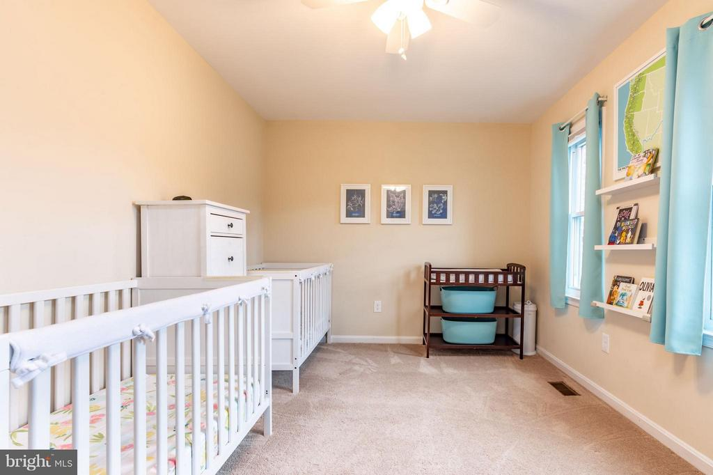 2nd Bedroom (Upstairs) - 1130 N STAFFORD ST #B, ARLINGTON