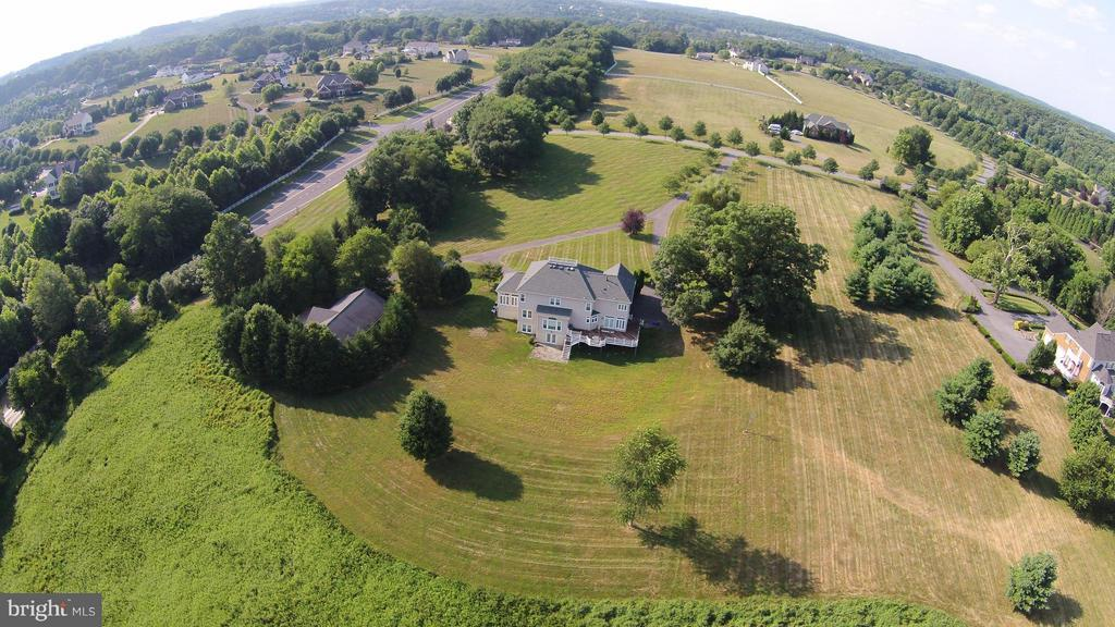 Arial Photo of Back - 22301 ESSEX VIEW DR, GAITHERSBURG