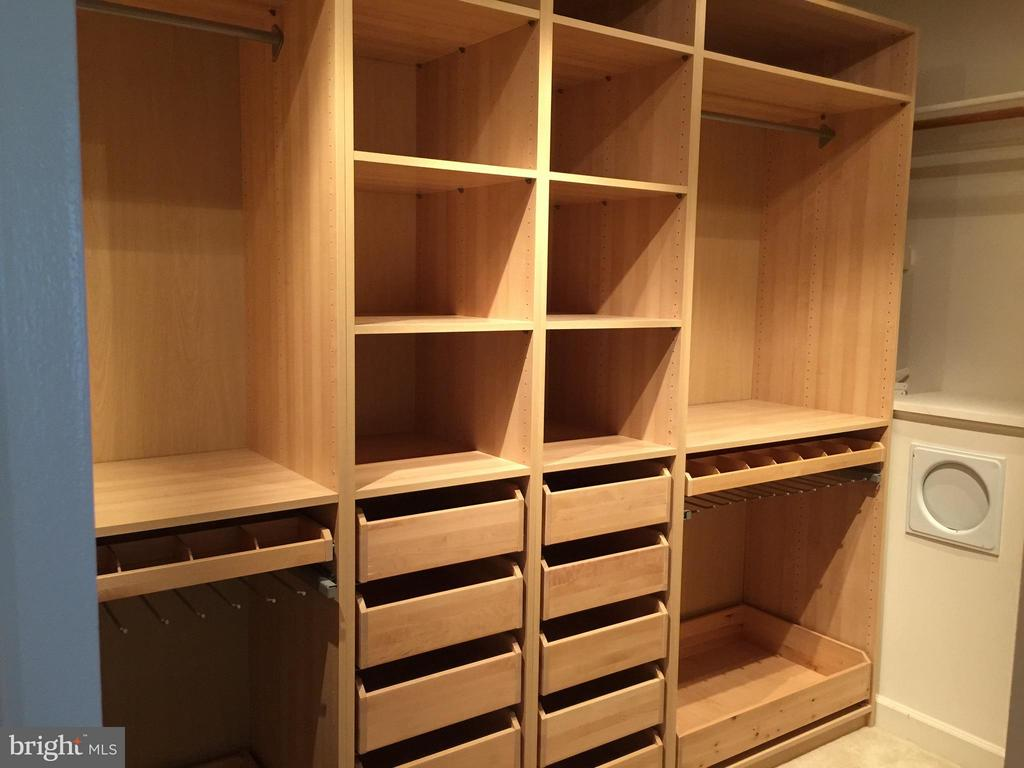 Closet with built in shelving and laundry chute - 22301 ESSEX VIEW DR, GAITHERSBURG