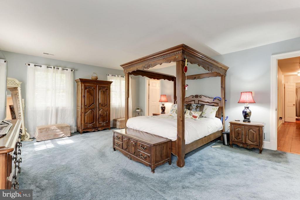 Bedroom (Master) - 10620 HUNTER STATION RD, VIENNA