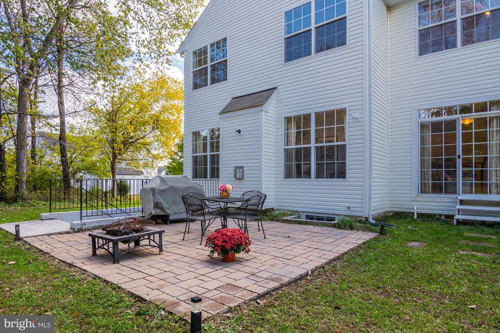 Exterior Patio - 65 SAINT GEORGES DR, STAFFORD