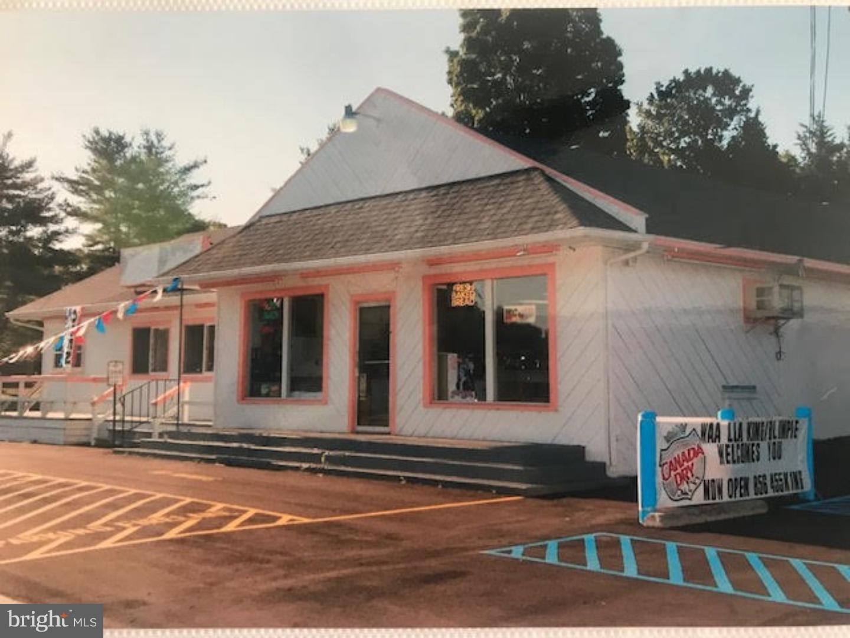 Photo of home for sale at 747 Landis Avenue, Rosenhayn NJ