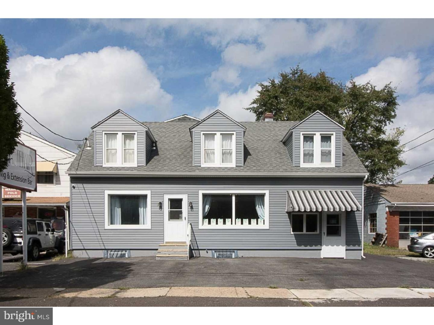 Photo of home for sale at 109 Camden Avenue, Moorestown NJ