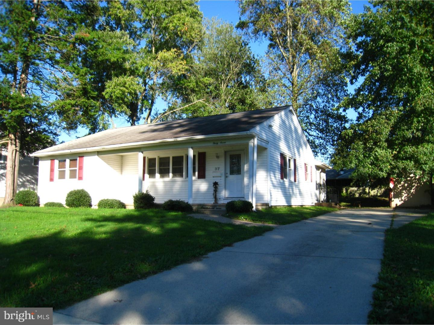 Single Family Home for Sale at 37 WINDING WAY Road Stratford, New Jersey 08084 United States