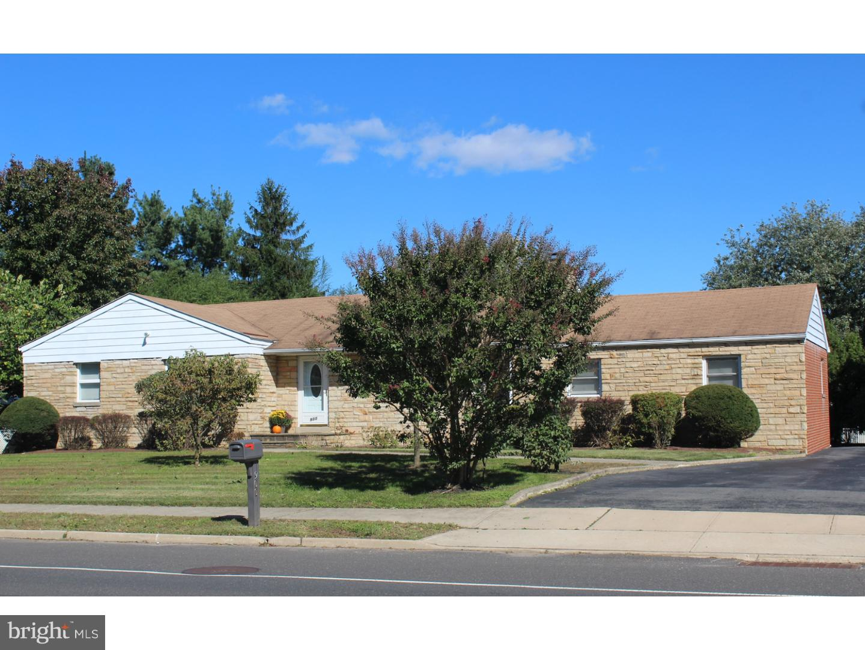 Μονοκατοικία για την Πώληση στο 900 KUSER Road Hamilton Township, Νιου Τζερσεϋ 08619 Ηνωμένες Πολιτείες