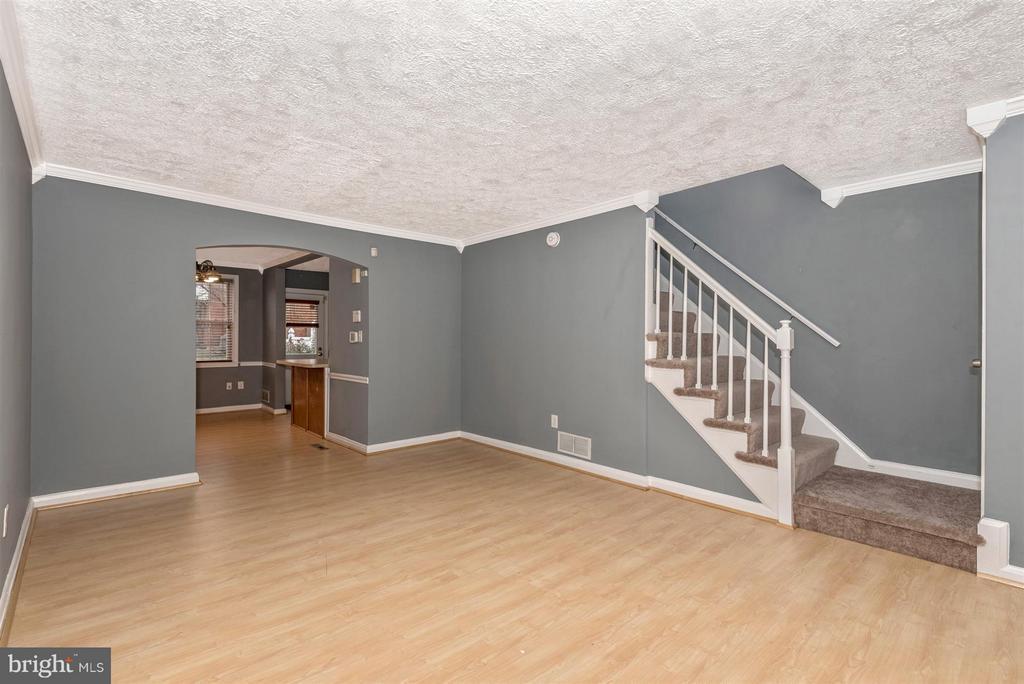 Living Room - 7107 GOUGH ST, BALTIMORE