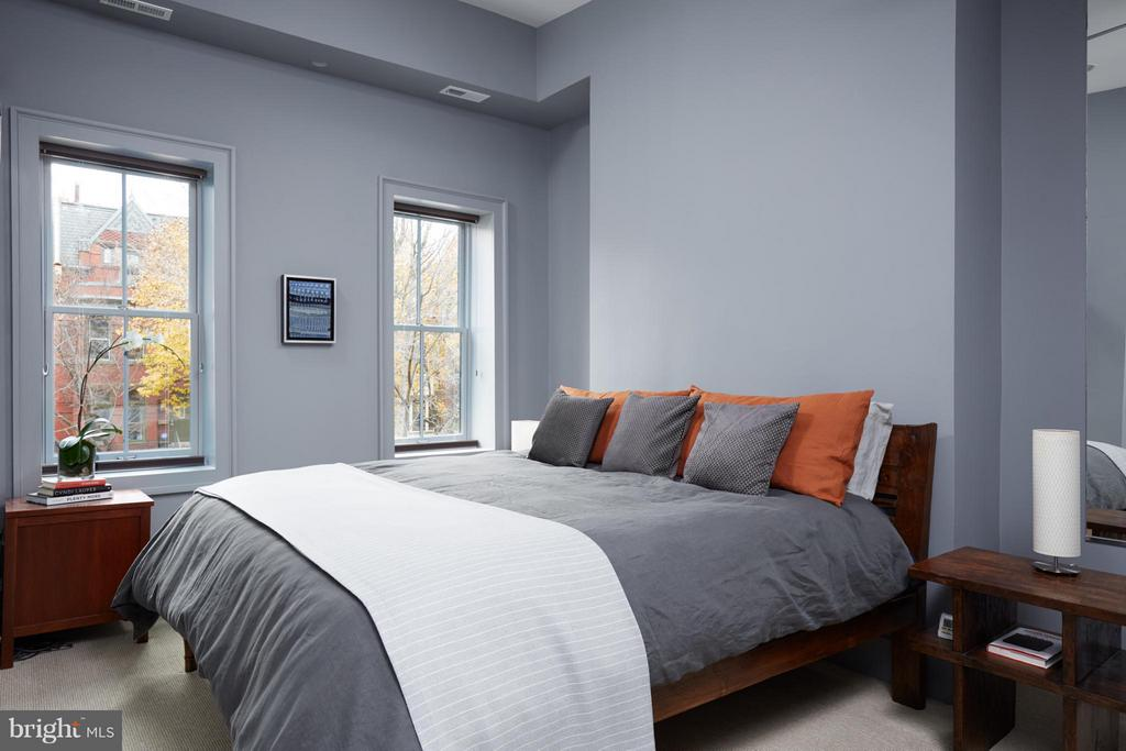Owner's bedroom - 1217 T ST NW, WASHINGTON