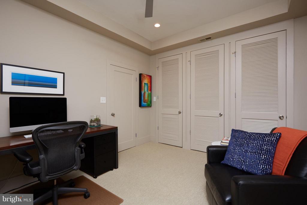 Third bedroom w/ tons of storage - 1217 T ST NW, WASHINGTON