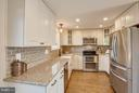 Remodeled Kitchen with SS appliances - 7427 KILCREGGAN TER, GAITHERSBURG