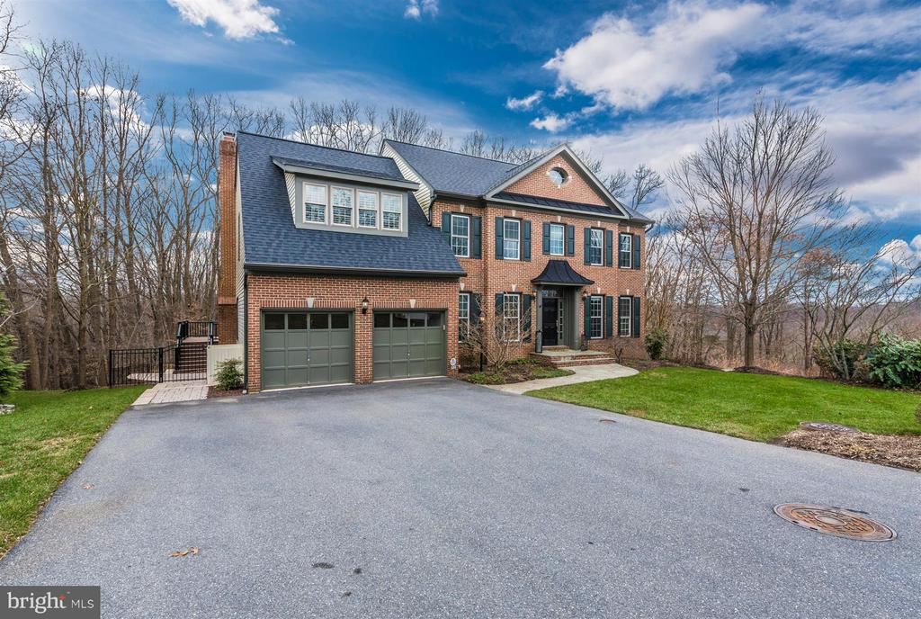Welcome to 9614 Woodland Rd. - 9614 WOODLAND RD, NEW MARKET