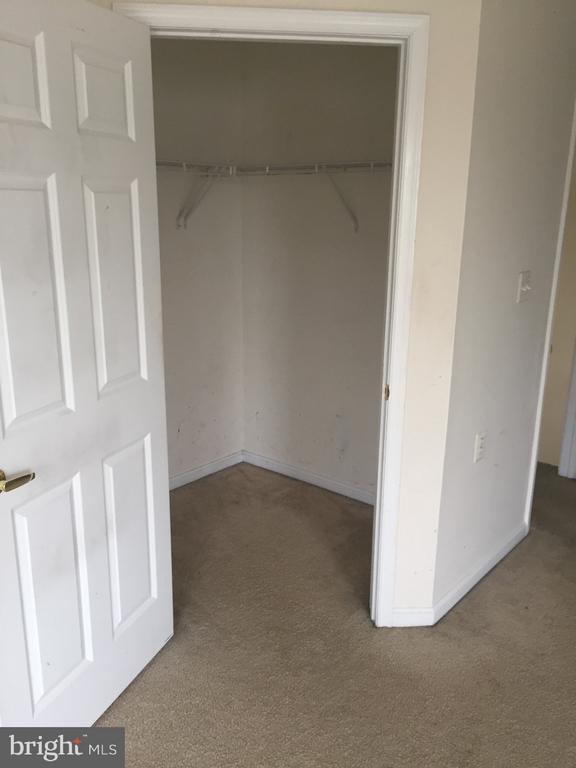 Main Spacious Closet - 3030 IRMA CT, SUITLAND