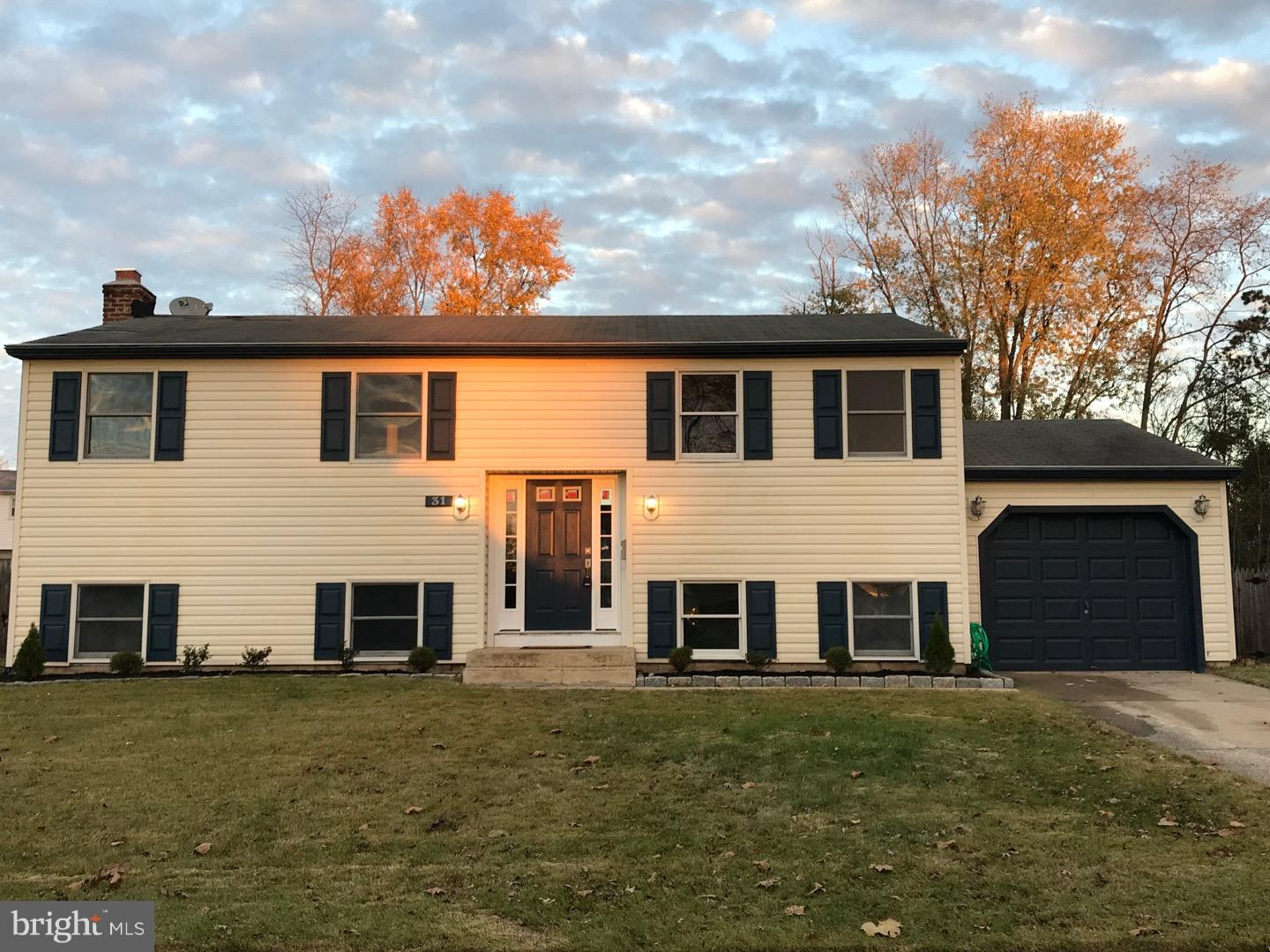 Single Family Home for Sale at 31 LINCOLN Drive Clementon, New Jersey 08021 United States