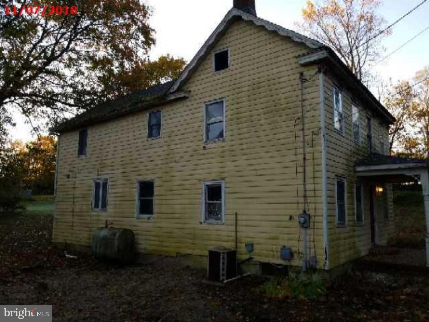 Single Family Home for Sale at 5 JACOBSTOWN ARNEYTOWN Road Wrightstown, New Jersey 08562 United States