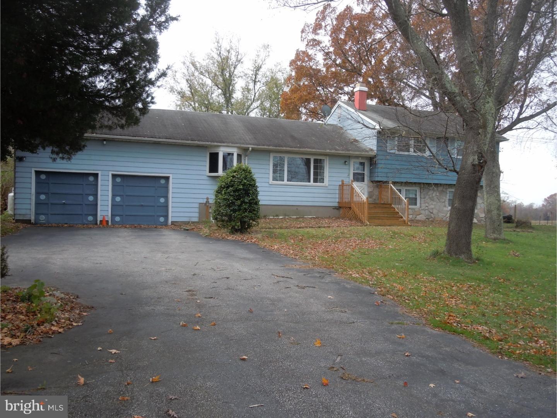 Частный односемейный дом для того Продажа на 613 ROUTE 68 Columbus, Нью-Джерси 08022 Соединенные ШтатыВ/Около: Mansfield Township