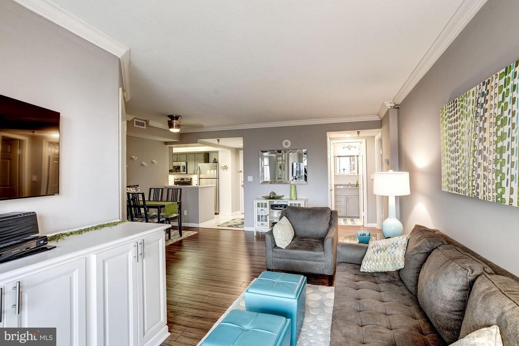 Smart floor plan - 2400 CLARENDON BLVD #816, ARLINGTON