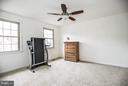 Spacious 3rd BR w/ 2 closets & new carpet - 6331 SUMMERDAY CT, BURKE