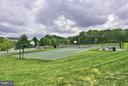 Potomac Station basketball and tennis courts - 43154 PARKERS RIDGE DR, LEESBURG