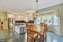 Breakfast Room with beautiful bay window - 43154 PARKERS RIDGE DR, LEESBURG