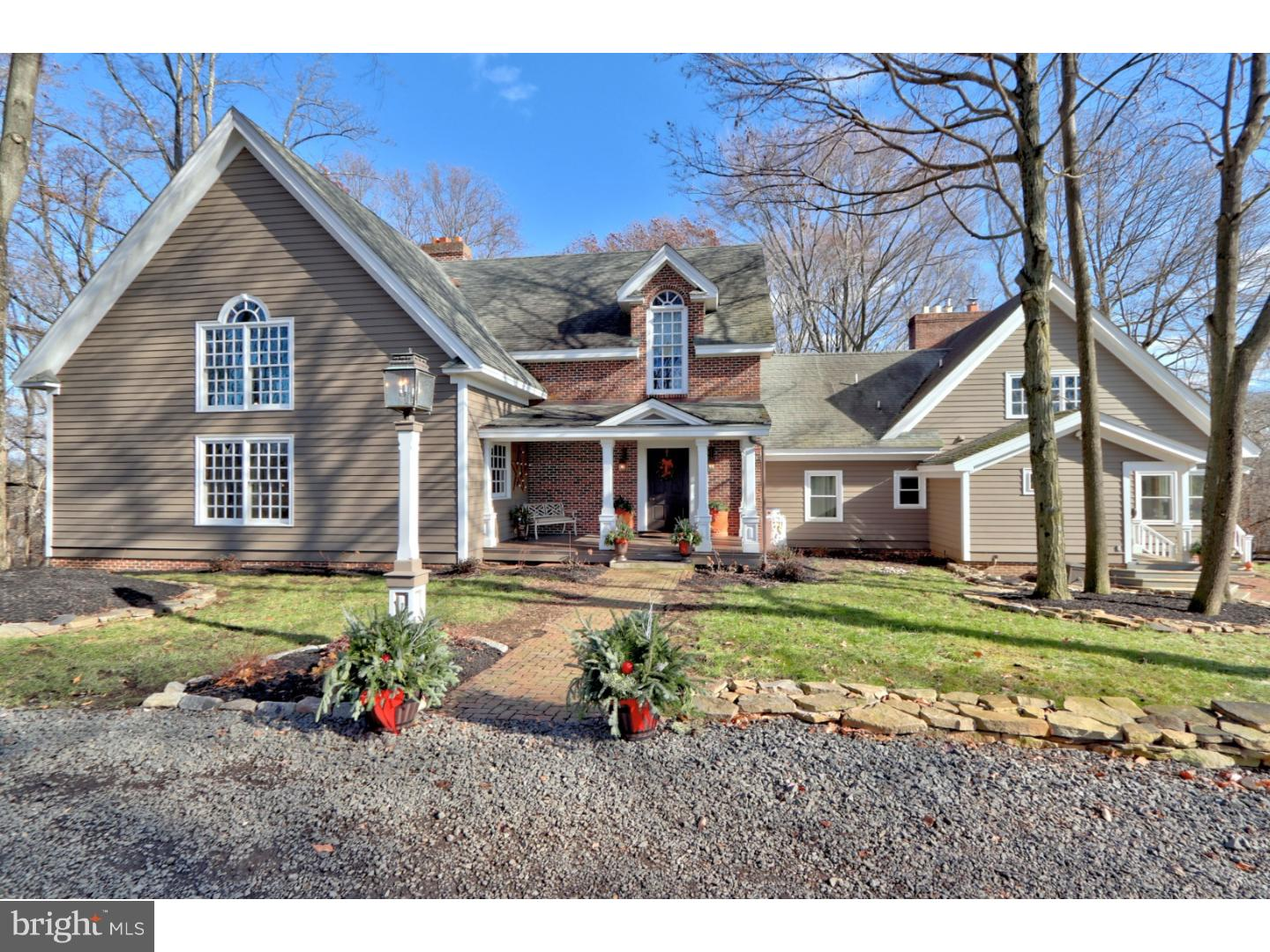 Single Family Home for Sale at 43 HILL Road Allentown, New Jersey 08501 United StatesMunicipality: Upper Freehold Township