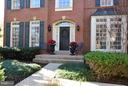 Welcoming front porch - 21439 BASIL CT, BROADLANDS