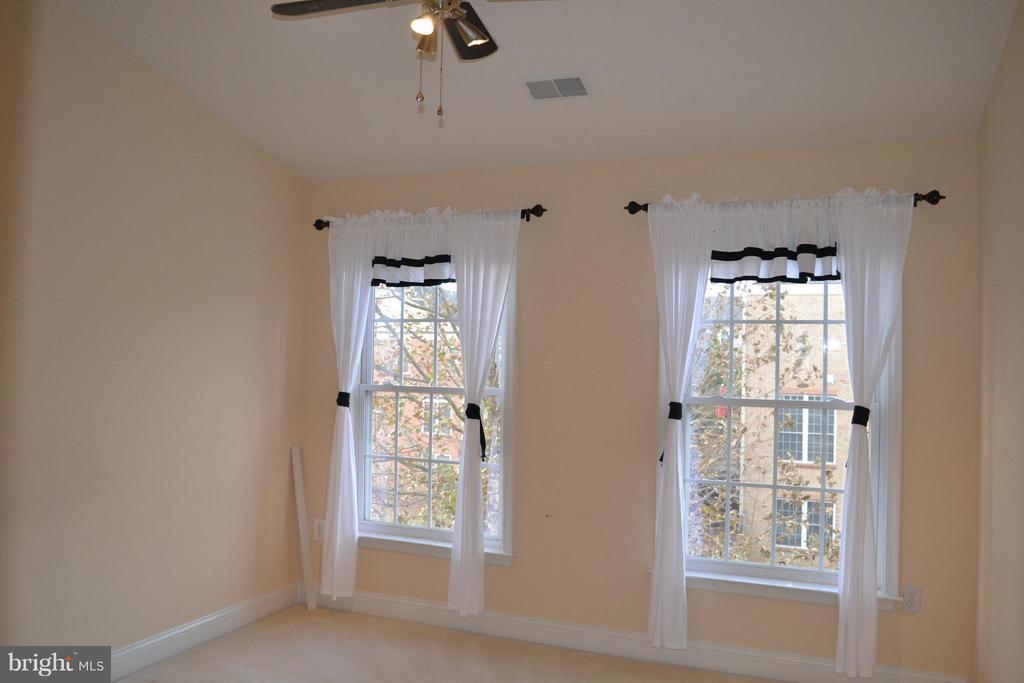 Bedroom 3 - 13439 WOOD LILLY LN, CENTREVILLE