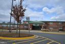 Walk distance to ES - 13439 WOOD LILLY LN, CENTREVILLE