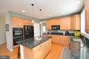 Walk in pantry, double wall ovens - 18490 ORCHID DR, LEESBURG