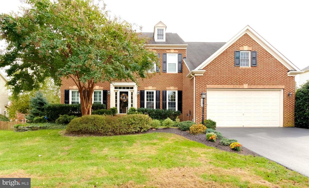 Welcome Home! - 18490 ORCHID DR, LEESBURG