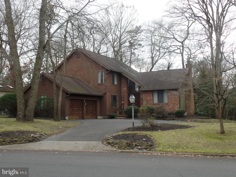 Villa per Vendita alle ore 2 E RED OAK Drive Voorhees, New Jersey 08043 Stati UnitiIn/In giro: Voorhees Township