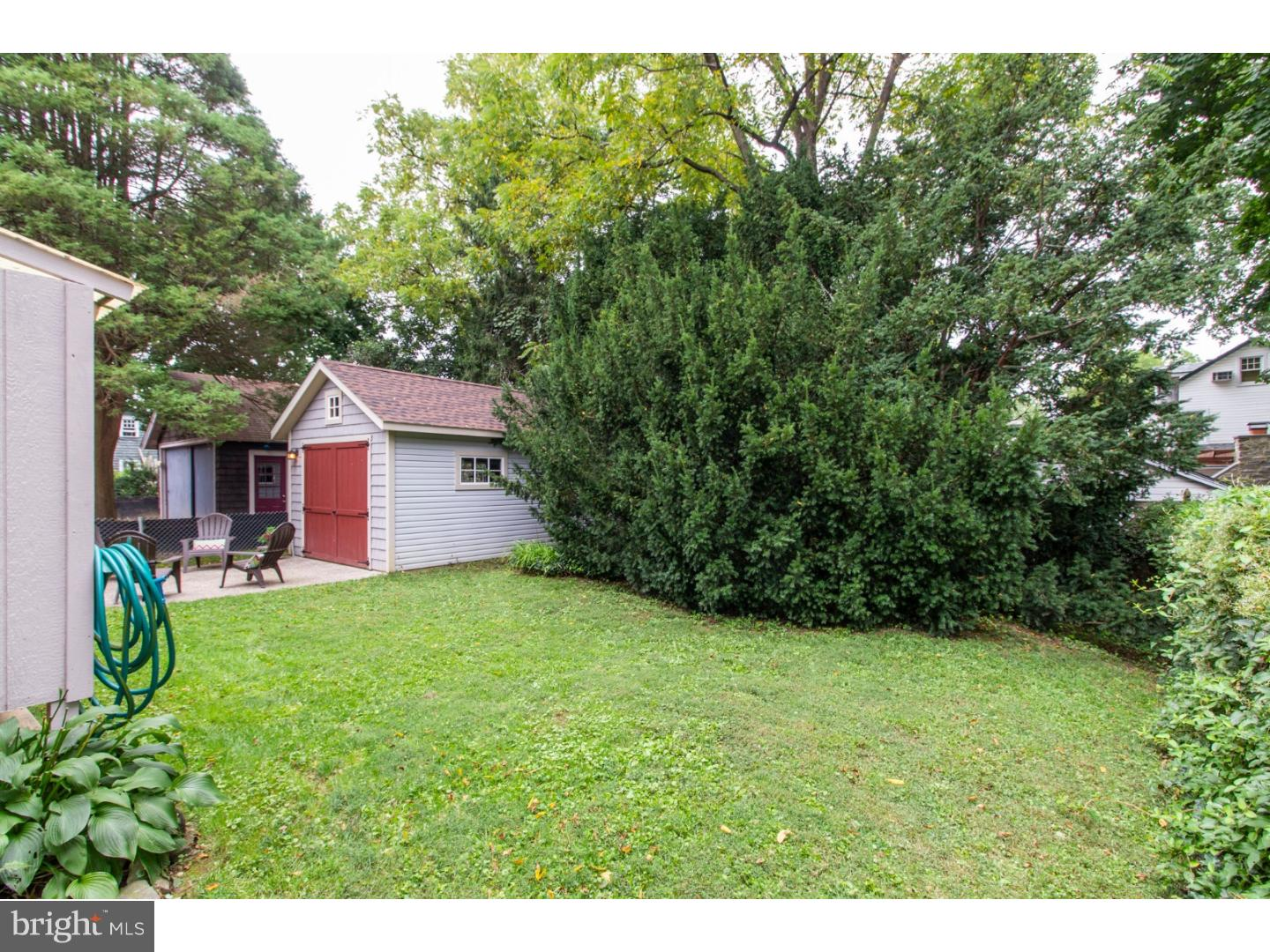 Photo of home for sale at 8 Llandillo Road, Havertown PA