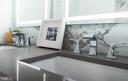 Dual vanity - 1245 PIERCE ST N #8, ARLINGTON